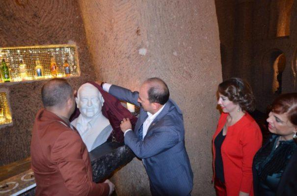 25 Ekim 2014 Sacred House Kapadokya Sergisi